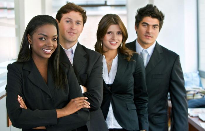 Hôtesse d'accueil : Etudes, diplômes, compétences, salaire, emploi, formation, rôle